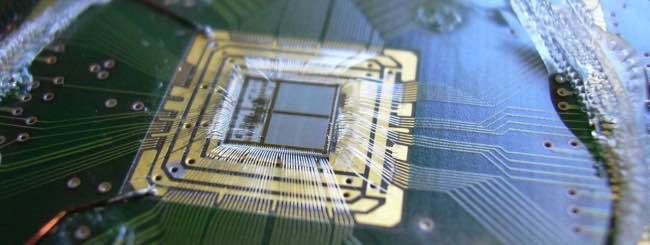 Chip neuromorfico