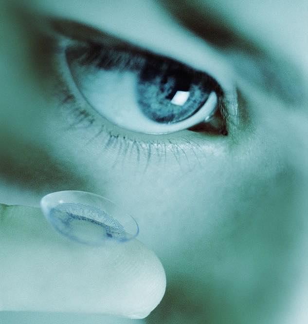 I sensori nelle lenti percepiscono e distinguono i movimenti volontari da quelli involontari